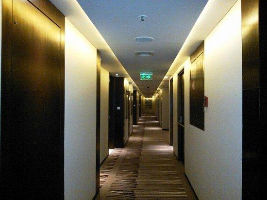 Holiday Inn Pune Hinjewadi: Hotel Lobby