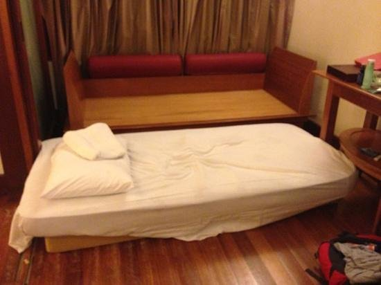 Langkawi Lagoon Resort: langkawi lagoon wanted to charge us rm200++ for the sofa as an extra bed. we made a big fuss and