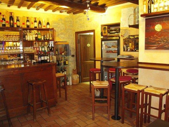 L'Ora del Ghiotto: Enoteca winebar