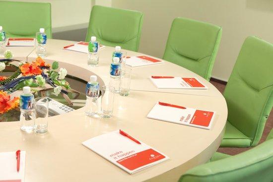 Рамада Донецк: Meeting room