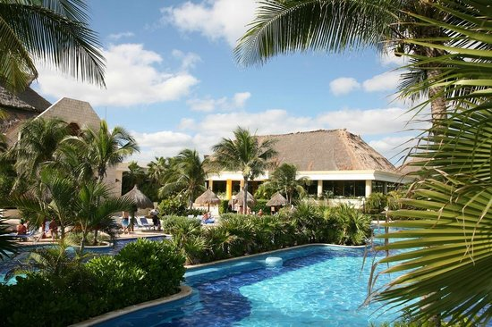 Luxury Bahia Principe Akumal Don Pablo Collection: Pool and restaurant