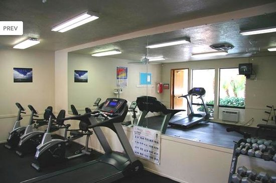 Caliente Springs Resort : exercise room