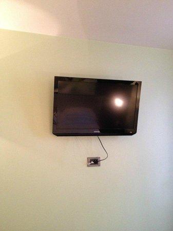 Le Fabe Hotel: Tv in camera