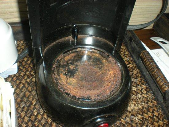 Catalonia Royal Bavaro: our broken coffee maker