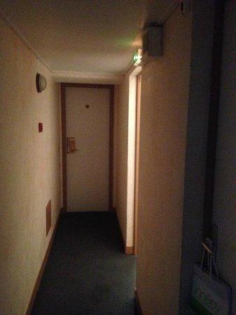 Hotel Residence La Concorde: Access