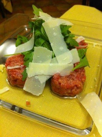 Refrancore, Italien: battuta di carne cruda