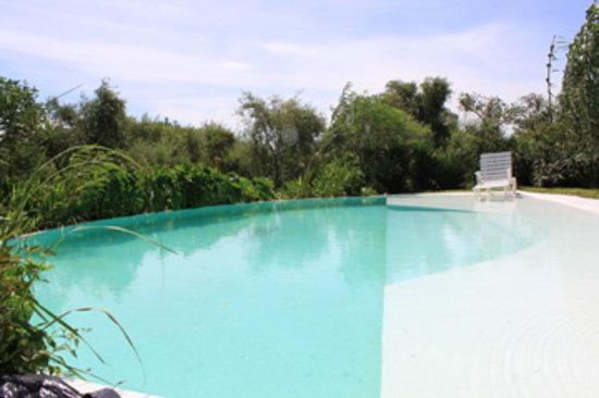 Casa Santa Ana del Ibera: pool