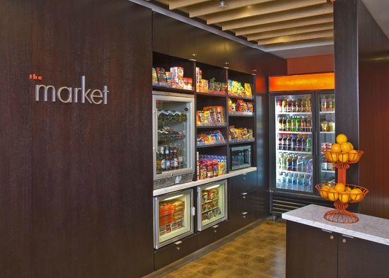 Courtyard by Marriott Phoenix Mesa: 24 Hour Market