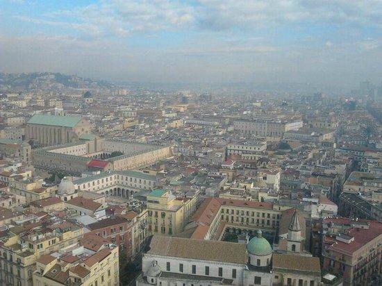"""NH Napoli Ambassador: La """"vista mare"""" dalla camera 3033"""