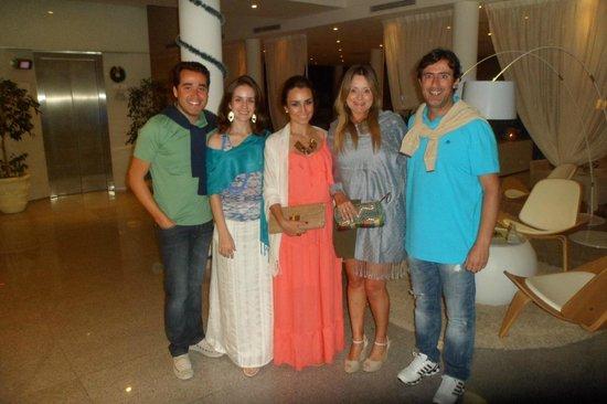 Sisai Hotel Boutique: eu , minha noiva e amigos saindo para jantar...