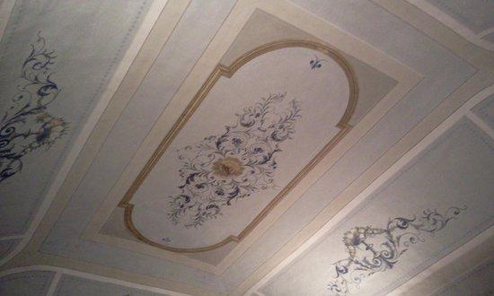 Hotel San Nicola: soffitto della camera