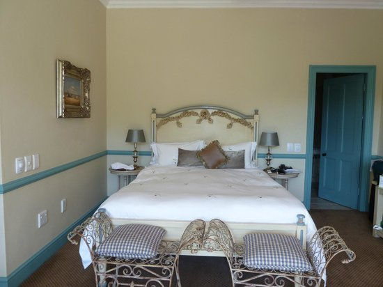 Franschhoek Country House & Villas: bedroom in main hotel