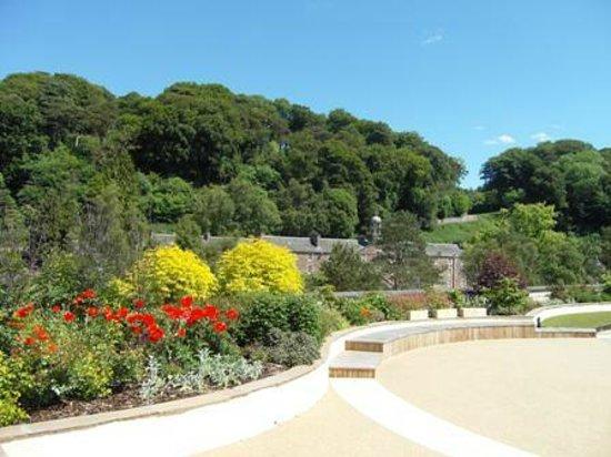 New Lanark World Heritage Village: New Lanark Roof Garden