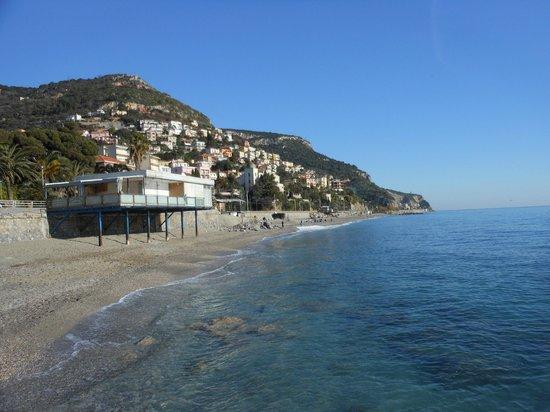 Borgio Verezzi, Italia: Lungomare