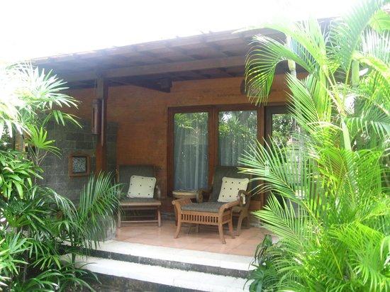 Hotel Santika Premiere Beach Resort Bali: Beachside room