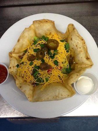 Bradden's Restaurant: Every thursday is taco salad thursday!!! only $9 so good!