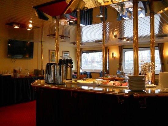 Florentina Boat: La colazione a buffet