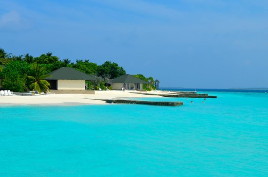 Adaaran Prestige Water Villas: around the island