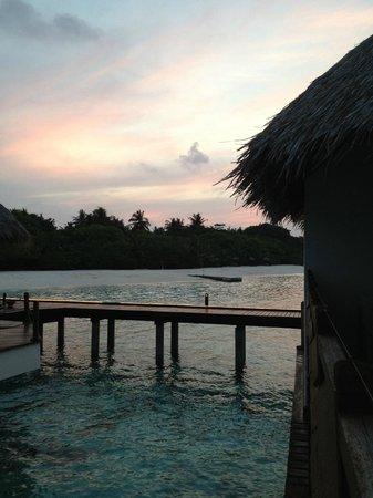 Adaaran Prestige Water Villas: sunset