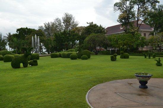 เซ็นทารา แกรนด์ รีสอร์ท แอนด์ วิลล่า หัวหิน : Gardens