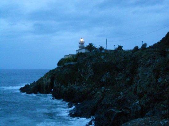La Casona del Pio: Lighthouse in Cudillero