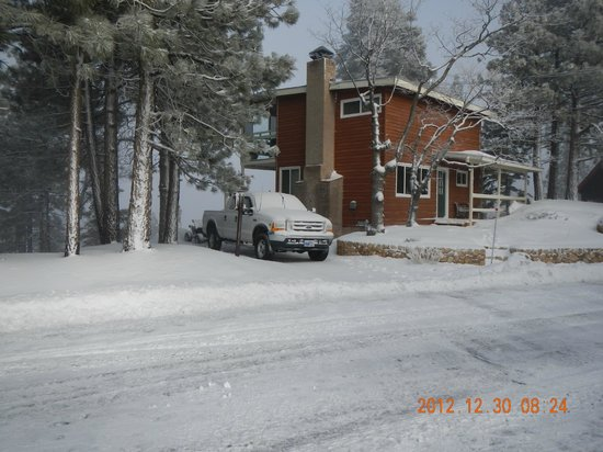 Our rental cabin in Green Valley Lake, CA - December 2012