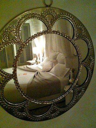 Riad Snan13: Love this room, my favorite