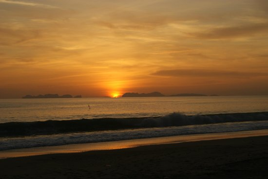 Layana Resort and Spa: sunset