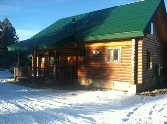 Snowy Mountain Lodge: Cabin 5