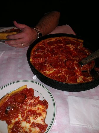 Gino's East: deep dish