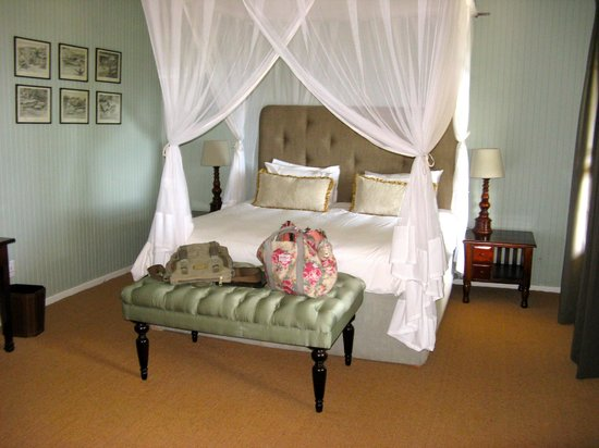 Camp Figtree: Gorgeous bedroom