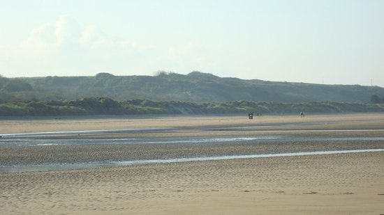 Commes, France : Omaha Beach