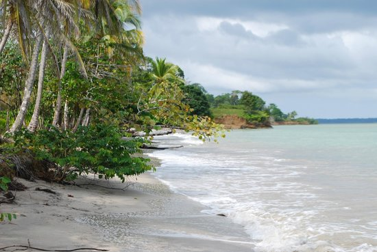 Popa Paradise Beach Resort: more stunning beaches