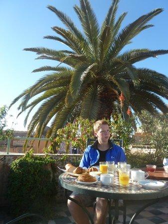 Le Gallia: Frühstück auf der Dachterasse