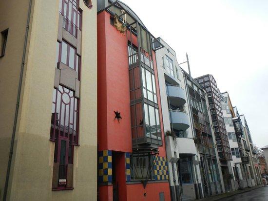 Frankfurt on Foot Walking Tours: Post war architecture in Frankfurt