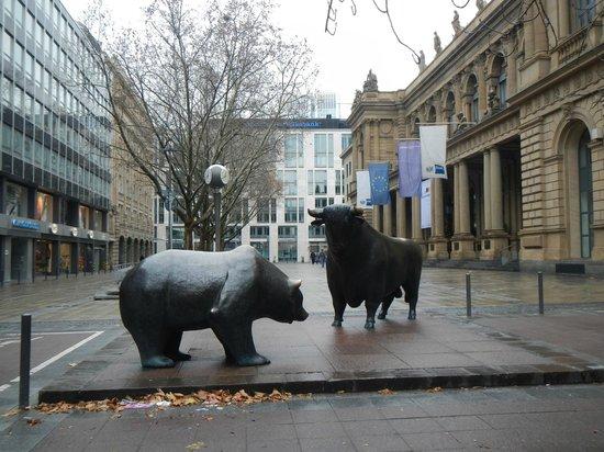 Frankfurt on Foot Walking Tours: The stock market