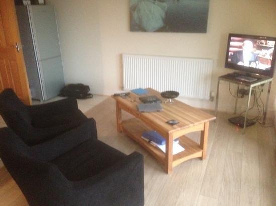 Tewitfield Marina: living area