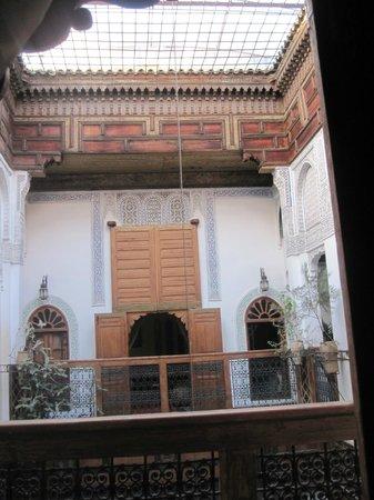 Riad Laayoun: Vue de la suite Cannelle