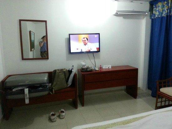 Sol Caribe San Andres: LCD, AIRE, COMODA, BANCO,