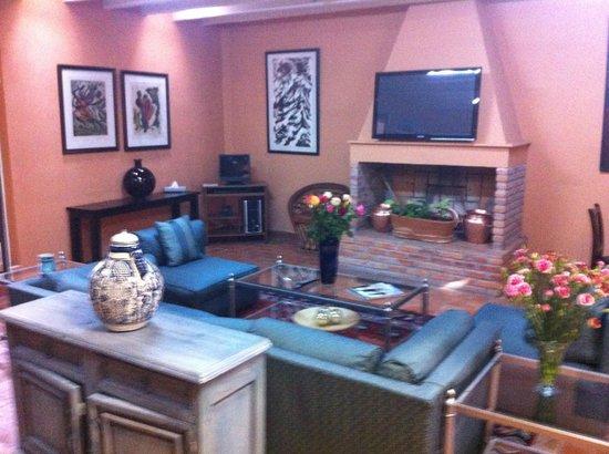Villa Mirasol Hotel: Cozy