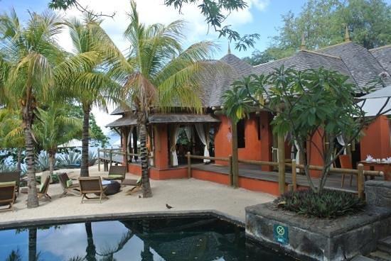 Tamarina Golf & Spa Boutique Hotel: pres de la piscine principale