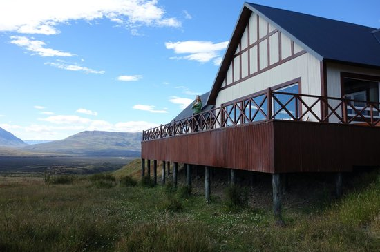 EOLO - Patagonia's Spirit - Relais & Chateaux: Outside of the bar, on the patio