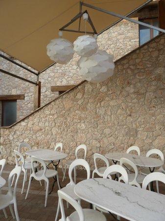 PeR - Il Parco dell'Energia Rinnovabile: L'esterno dell'albergo