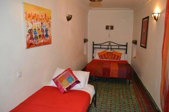 Riad Quenza: Dormitorio