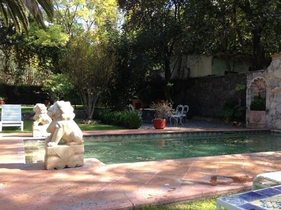 Antigua Villa Santa Monica: alberca