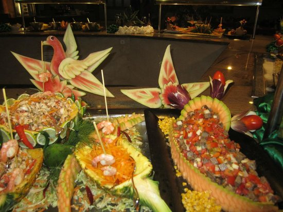 Dreams Punta Cana Resort & Spa: Tolle Dekoration am Buffet