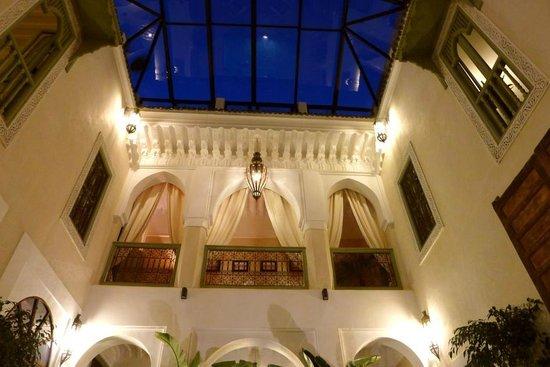 Palacio de las Especias : PATIO PRINCIPAL