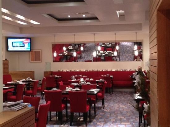 راديسون بلو هوتل ليتيركيني: restaurant 