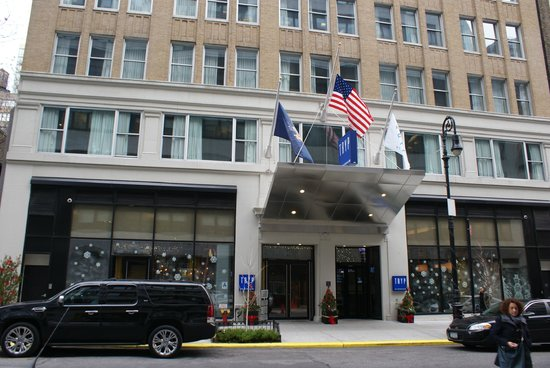 hotel entrance picture of tryp hotel nyc times square. Black Bedroom Furniture Sets. Home Design Ideas