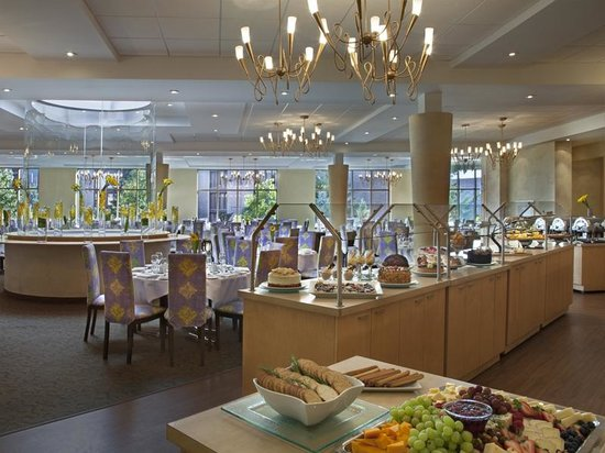 White Oaks Conference Resort & Spa: Sunhill Dining Room
